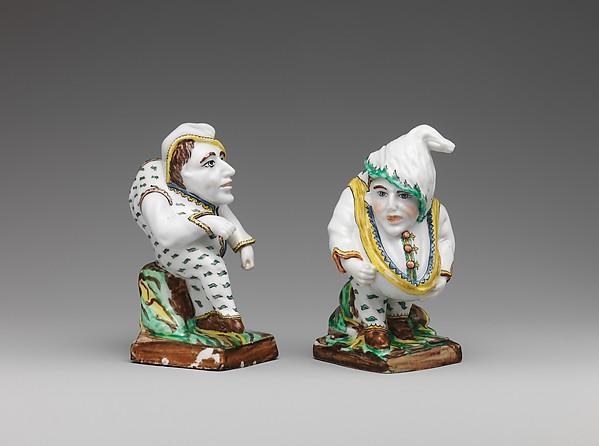 Hunchback (one of a pair), Villeroy, Tin-glazed soft-paste porcelain, French, Villeroy