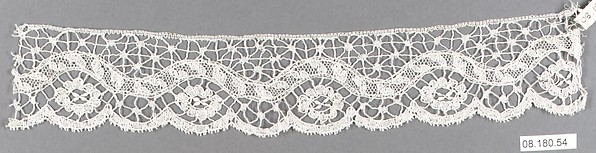 Fragment, Bobbin lace, British, Bedfordshire