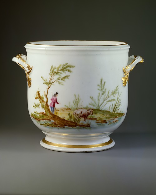 Wine cooler (seau à demi-bouteille) (one of a pair), Vincennes Manufactory (French, ca. 1740–1756), Soft-paste porcelain, French, Vincennes