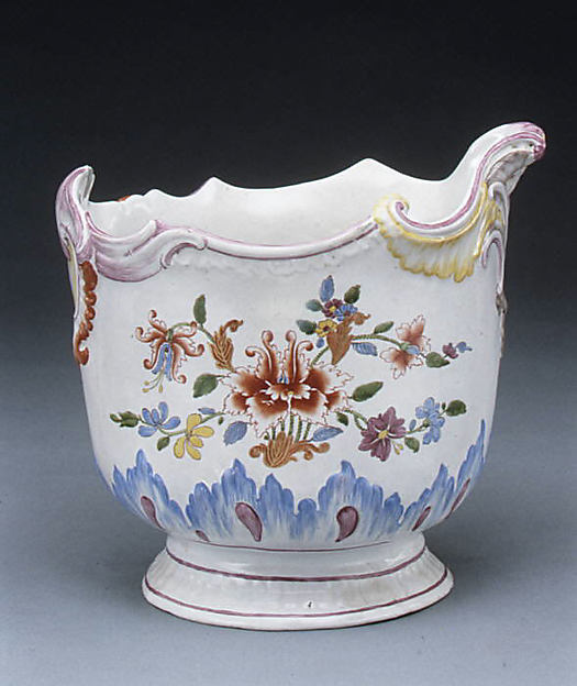 Wine bottle cooler (one of a pair), Doccia Porcelain Manufactory (Italian, 1737–1896), Tin-glazed hard-paste porcelain, Italian, Florence