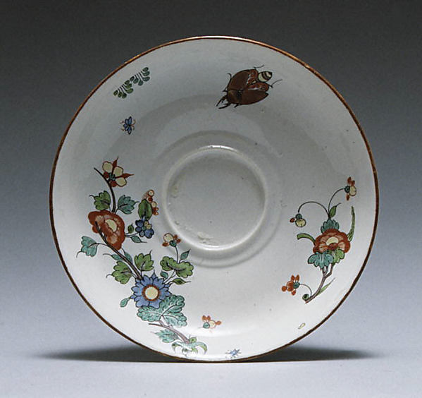 Saucer, Chantilly (French), Tin-glazed soft-paste porcelain, French, Chantilly