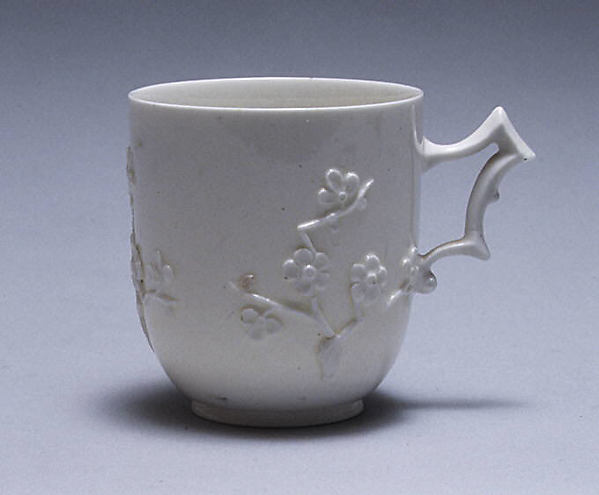 Cup and saucer, Capodimonte Porcelain Factory (Italian, 1740/43–1759), Soft-paste porcelain, Italian, Naples