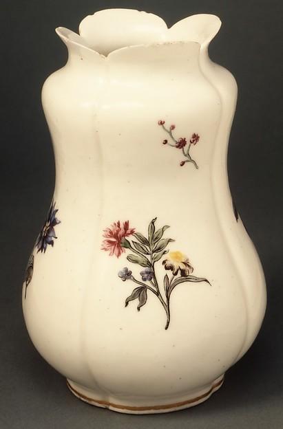 Vase (pot à fleurs), Vincennes Manufactory (French, ca. 1740–1756), Soft-paste porcelain, French, Vincennes