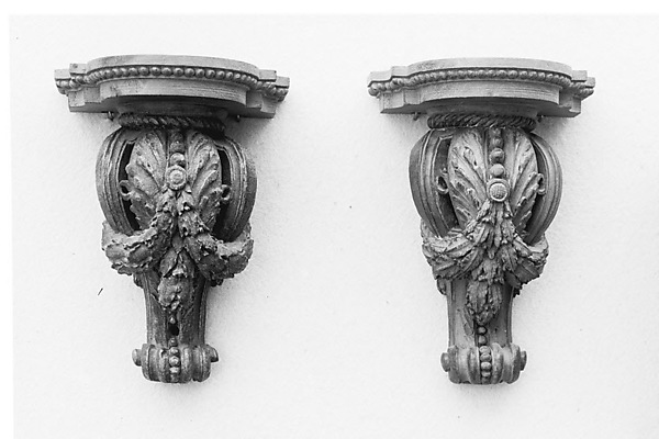 Pair of consoles (consoles d'appliques), Gilded wood, French