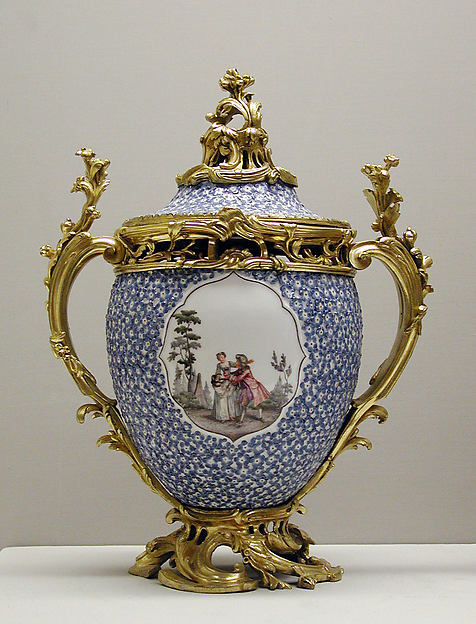 Meissen Manufactory Vase With Cover One Of A Pair German