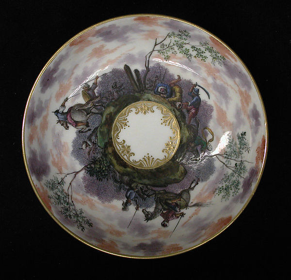 Saucer (part of a service), Capodimonte Porcelain Factory (Italian, 1740/43–1759), Soft-paste porcelain, Italian, Naples