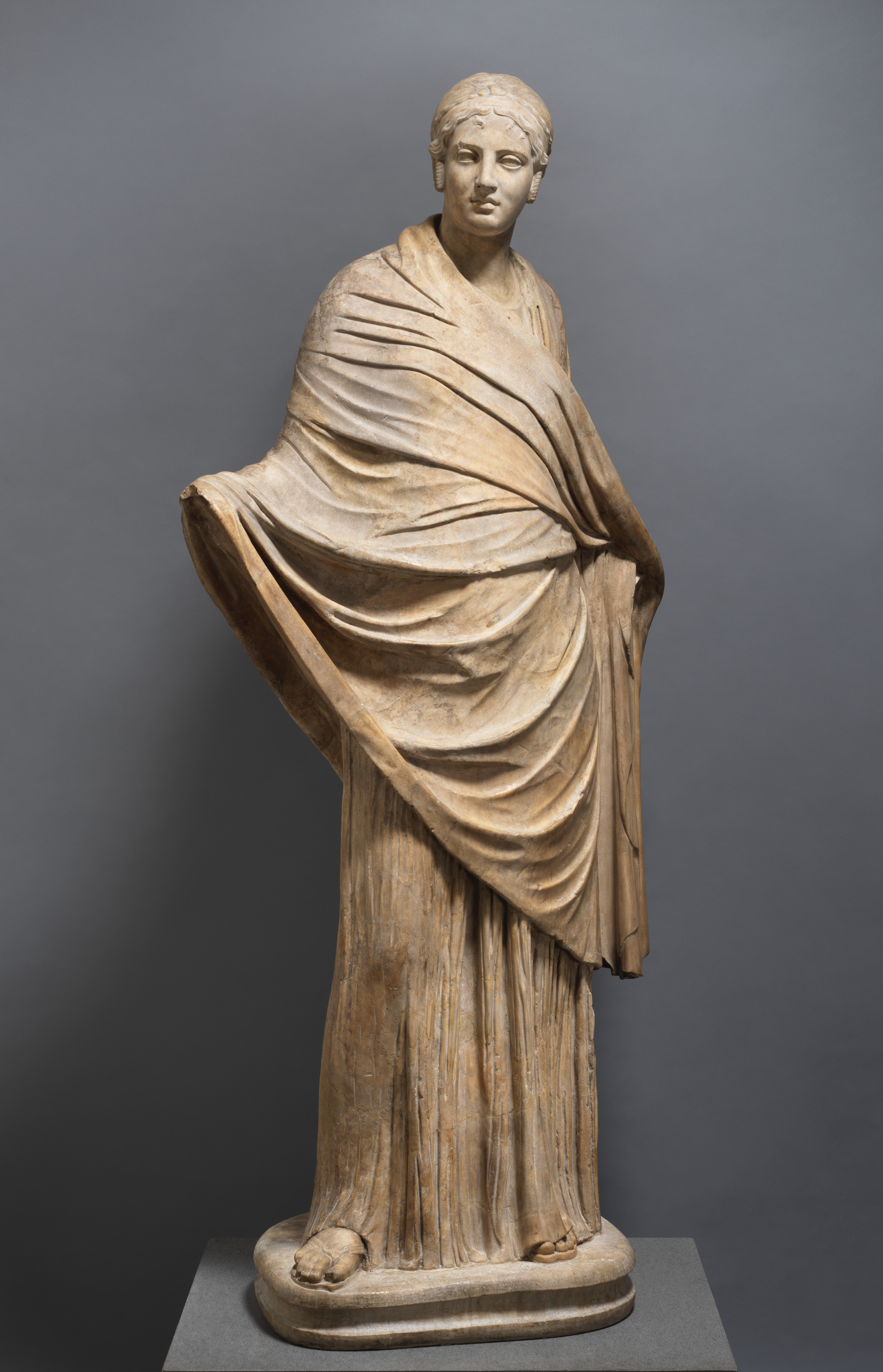 Marble Statue Of A Girl Roman Imperial The Met