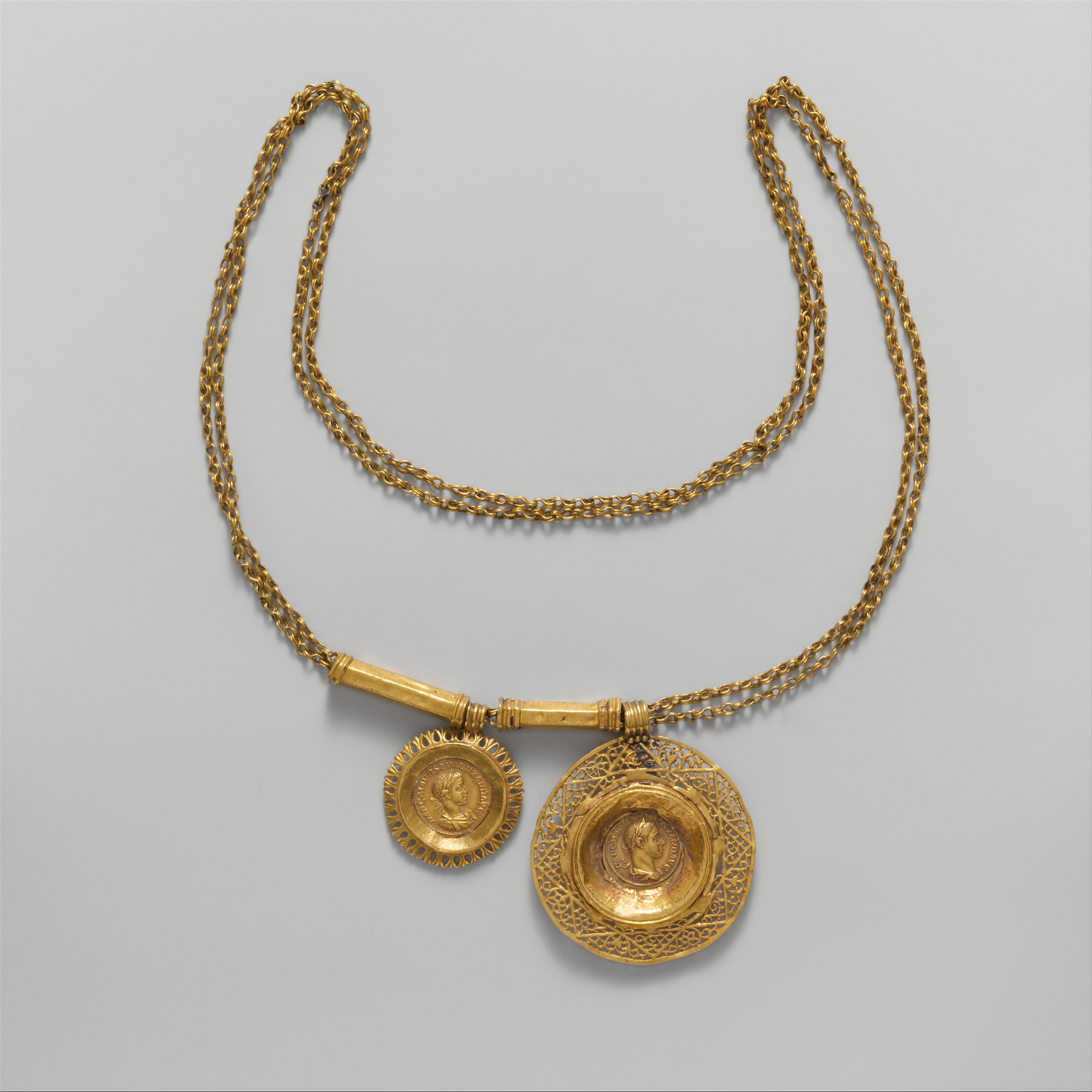 Roman period pendant