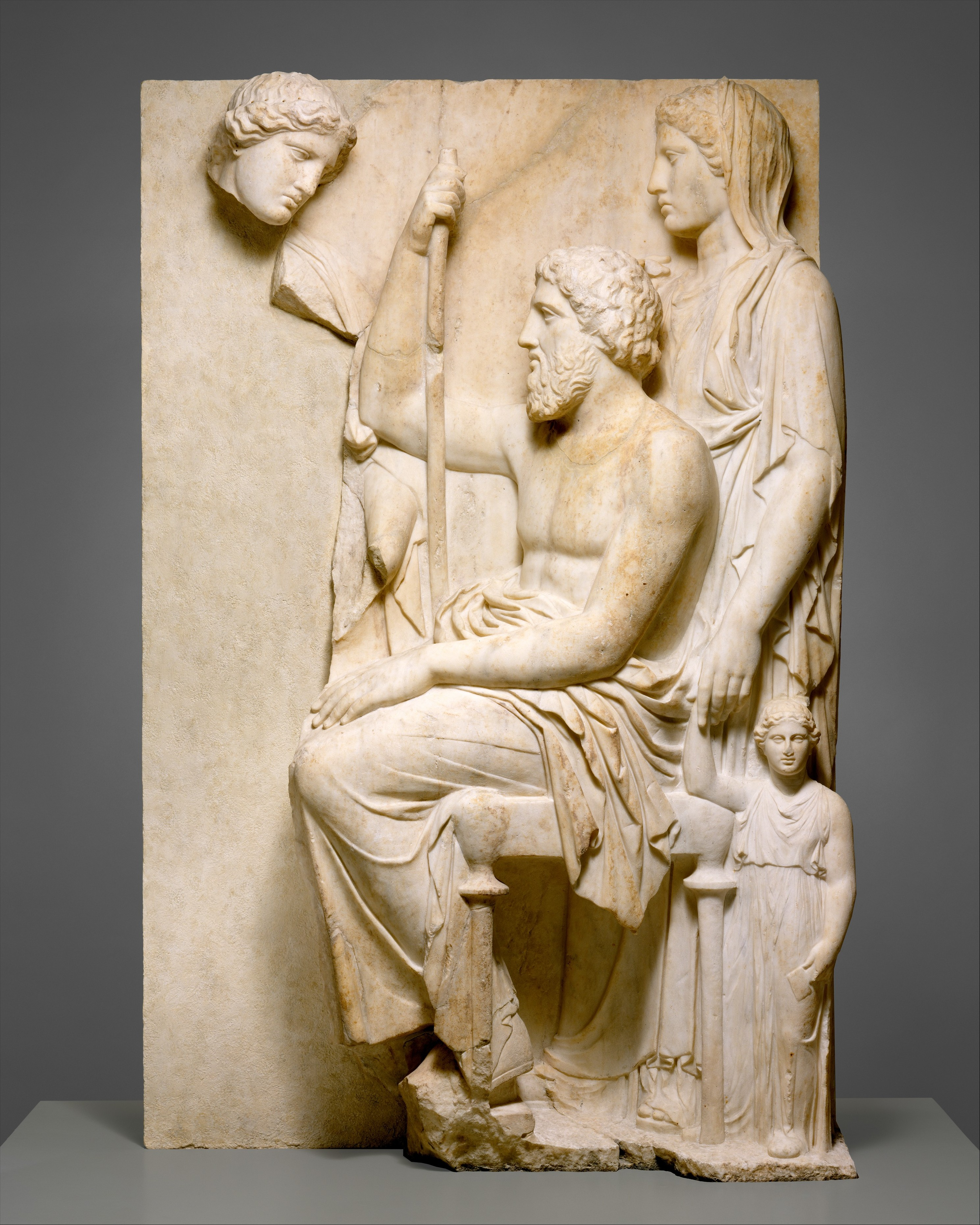 Marble grave stele with a family group greek attic for Graue stuhle