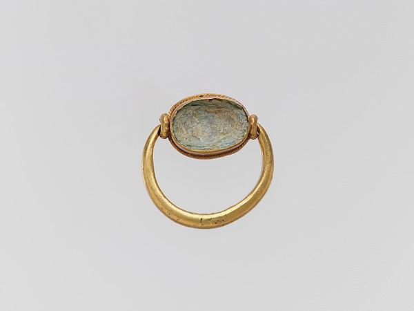 Gold ring with glass paste ring stone, Gold, glass paste, Greek or Cypriot