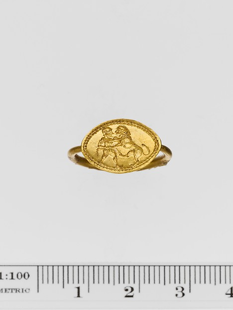 Gold ring engraved with a warrior and a lion, Gold, Greek