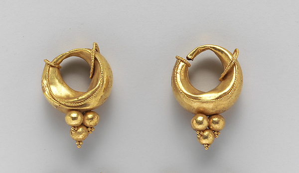 Gold boat-shaped earrings, Gold, Etruscan