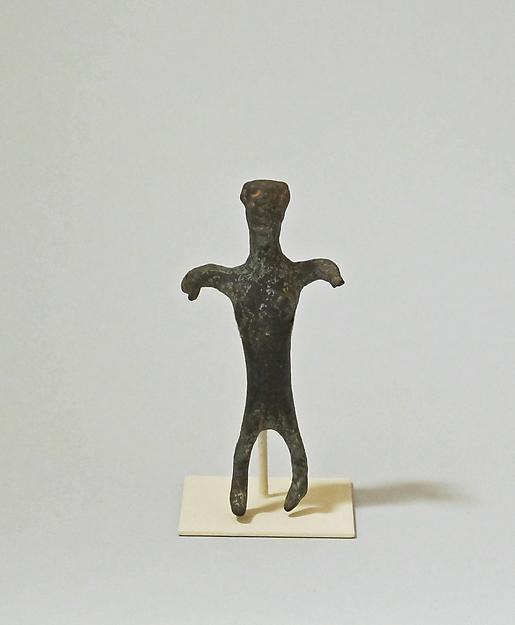 Bronze statuette of a woman, Bronze, Cretan