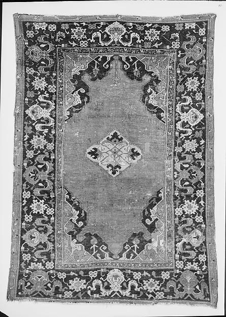 Ushtak Type, Wool (warp, weft and pile); symmetrically knotted pile