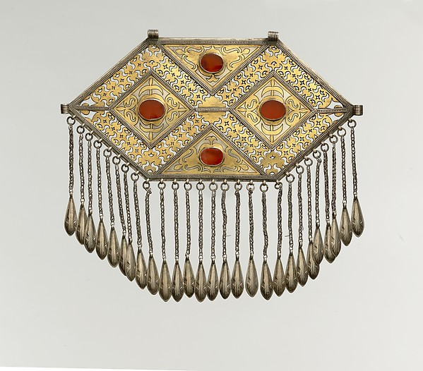 Pectoral Ornament, Silver; fire-gilded, with stamping, decorative wire, openwork, wire chains with embossed pendants, and table-cut carnelians