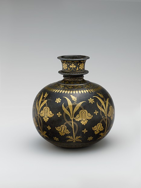 Base for a Water Pipe (Huqqa) with Irises, Zinc alloy; cast, engraved, inlaid with brass (bidri ware)