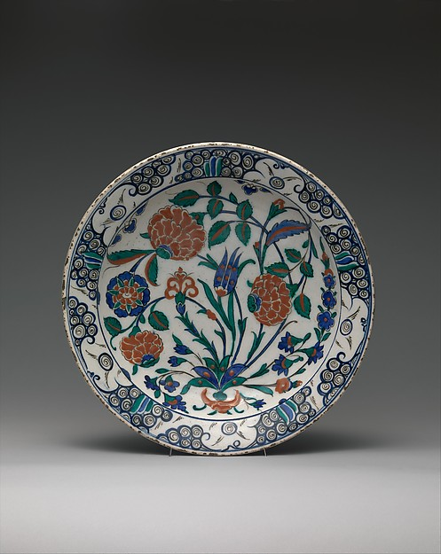 Dish, Stonepaste; polychrome-painted under transparent glaze