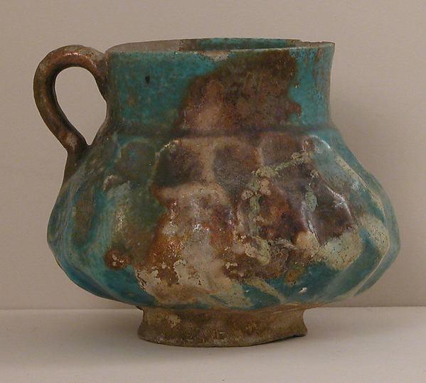 Ewer, Stonepaste; opaque turquoise glaze
