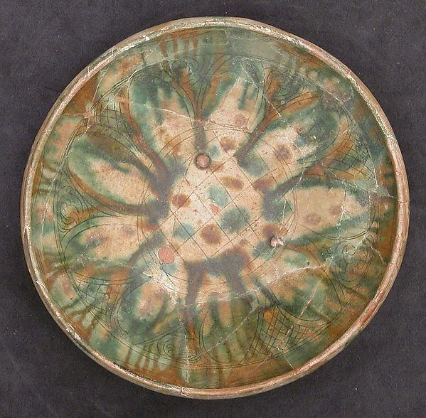 Bowl, Earthenware; white slip, incised and splashed with polychrome glazes under transparent glaze (sgraffito ware)