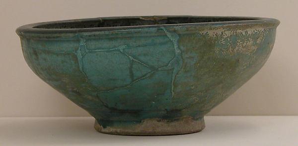 Bowl, Stonepaste; glazed