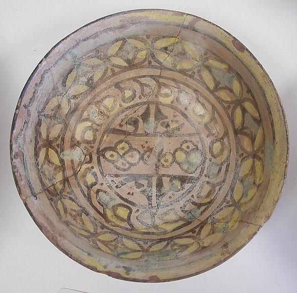 Bowl, Earthenware; cream colored slip with polychrome slip decoration under transparent glaze