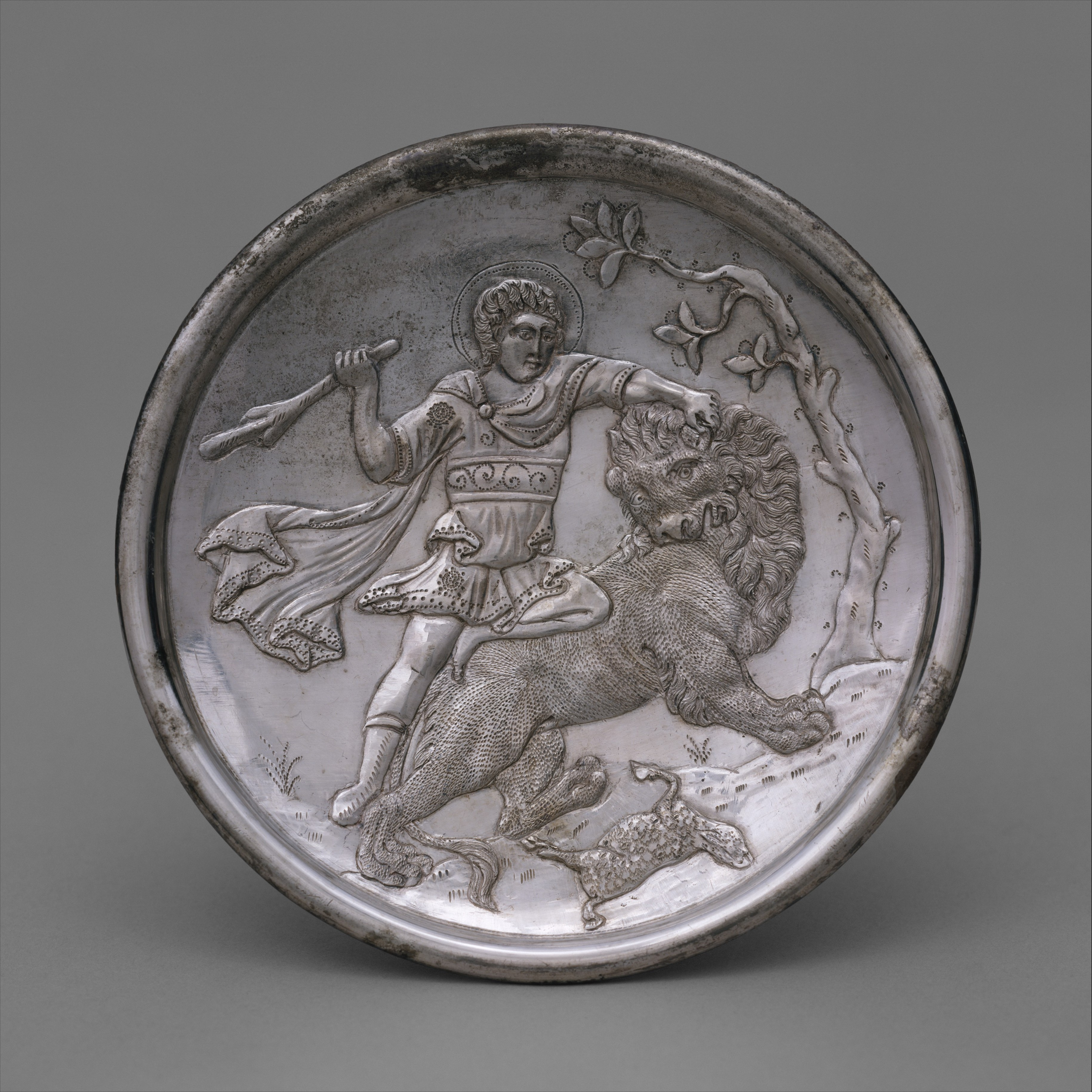 plate with david slaying a lion byzantine the met
