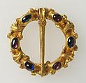 Ring Brooch, Gold, sapphire, garnet, British or French