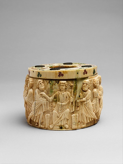 Pyxis with the Miracle of Christ's Multiplication of the Loaves, Ivory with polychromy, Byzantine