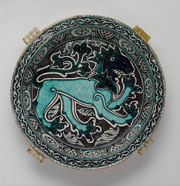 Dish with Lion, Tin-glazed earthenware, Italian