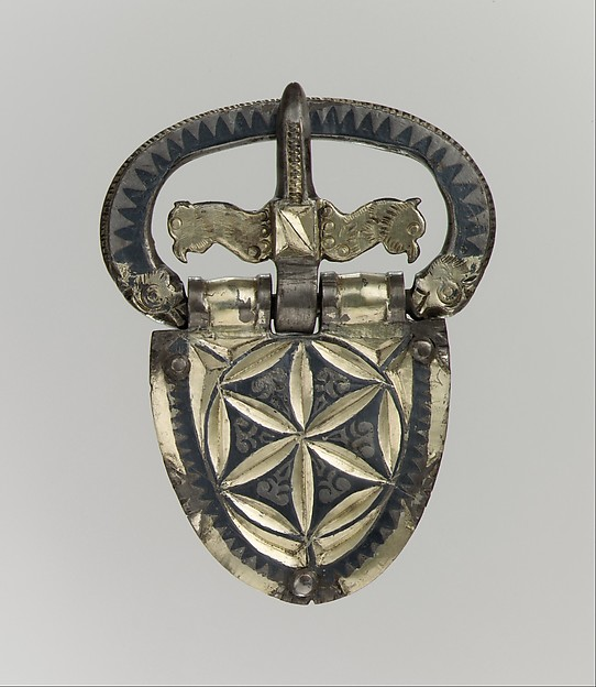 Belt Buckle, Silver-gilt, niello, Late Roman