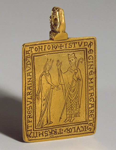 Reliquary pendant with queen margaret of sicily blessed by bishop reliquary pendant with queen margaret of sicily blessed by bishop reginald of bath gold mozeypictures Images