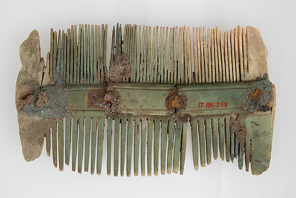 Double-Sided Comb, Ivory, Frankish