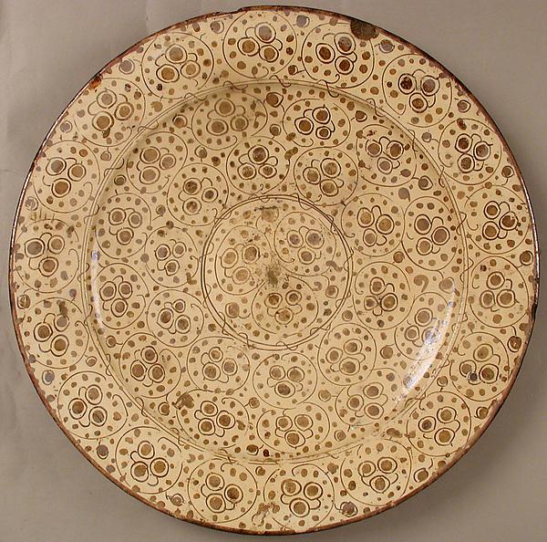 Dish, Earthenware, tin-glaze (lusterware), Spanish