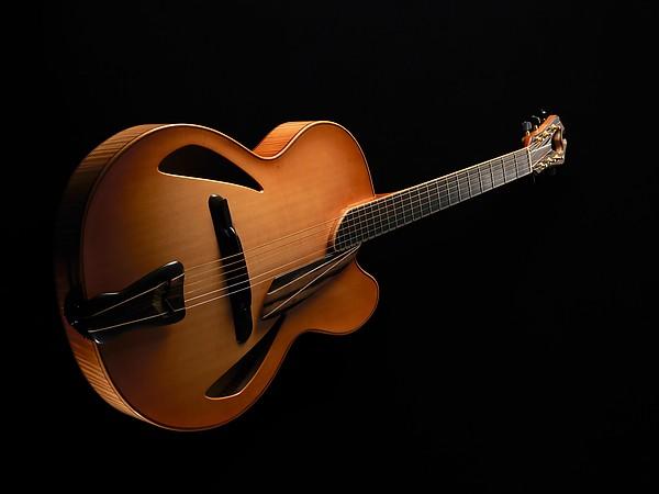 Archtop Guitar, James D'Aquisto (American, New York 1935–1995 Corona, California), Spruce, maple, ebony, American