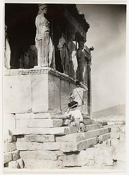 [Adolf and Olga de Meyer at the Acropolis]