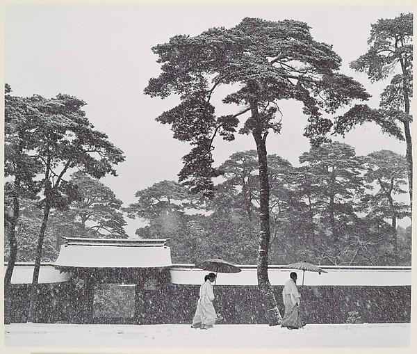 In the Court of the Meiji Temple, Tokyo, Japan, Werner Bischof (Swiss, 1916–1954), Gelatin silver print