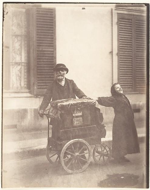 Eugène Atget, Organ grinder, 1898–99. Matte albumen silver print from glass negative.