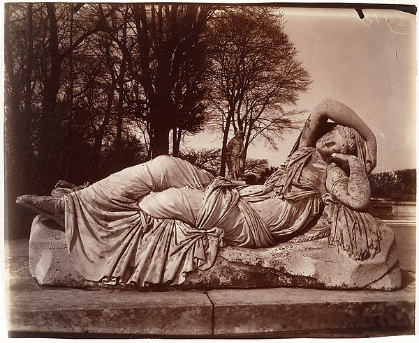 Versailles, Eugène Atget (French, Libourne 1857–1927 Paris), Salted paper print from glass negative