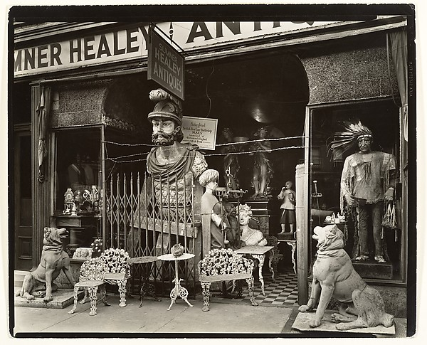 [Sumner Healy Antique Shop, 942 3rd Avenue near 57th Street, Manhattan], Berenice Abbott (American, Springfield, Ohio 1898–1991 Monson, Maine), Gelatin silver print