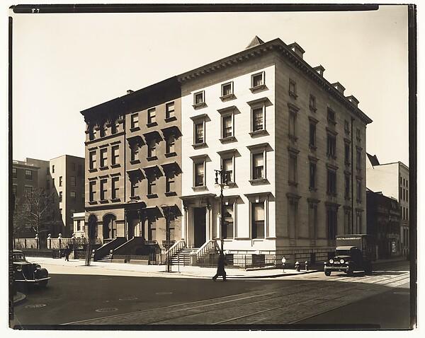 Fifth Avenue, Nos. 4, 6, 8, Berenice Abbott (American, Springfield, Ohio 1898–1991 Monson, Maine), Gelatin silver print