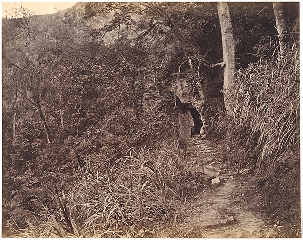 Left Road up to Yuen foo Monastery, Lai Fong (Chinese, 1839–1890), Albumen silver print from glass negative