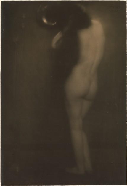 The Little Round Mirror, Edward J. Steichen (American (born Luxembourg), Bivange 1879–1973 West Redding, Connecticut), Gum bichromate over platinum print