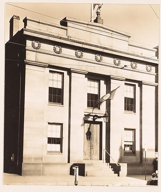[City Hall, Salem, Massachusetts], Walker Evans (American, St. Louis, Missouri 1903–1975 New Haven, Connecticut), Gelatin silver print
