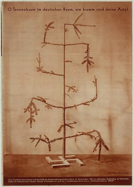 O Tannenbaum im deutscen Raum, wie krumm sind deine äste!, John Heartfield (German, 1891–1968), Rotogravure